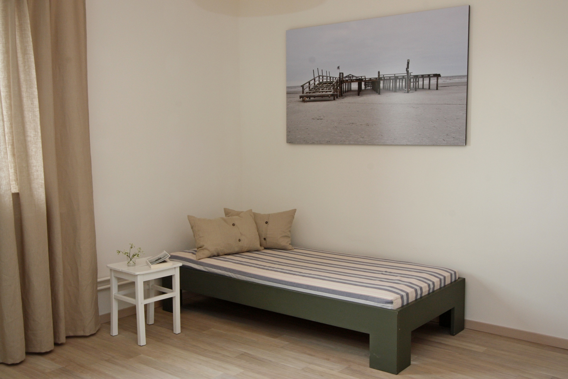 extra Bett im Schlafzimmer 1